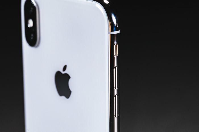 iPhoneXの背面保護はこれで安心!背面保護用のガラスフィルムを購入